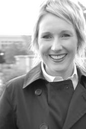 Singer-songwriter Kate Graves