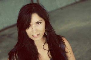 Singer-Songwriter Laura Marie